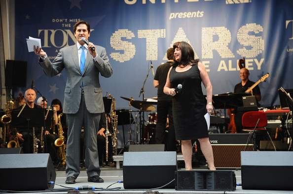 'Stars in the Alley' Performance in NYC
