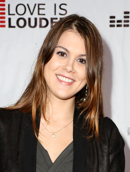 louder movement in this photo lindsey marie shaw actress lindsey shawLindsey Shaw Boyfriend 2012