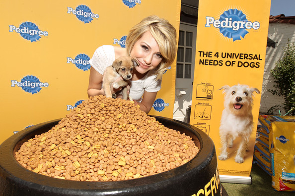 "Chelsea Kane Chelsea Kane and Pedigree kick off the ""Every Dog Deserves"" Campaign by donating 100,000 pounds of its best recipe ever to The Amanda Foundation on June 1, 2011 in Beverly Hills, California."