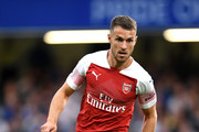 Aaron Ramsey of Arsenal controls the ball during the Premier League match between Chelsea FC and Arsenal FC at Stamford Bridge on August 18, 2018 in London, United Kingdom.