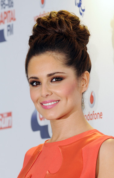 http://www2.pictures.zimbio.com/gi/Cheryl+Cole+95+106+Capital+FM+Summertime+Ball+Wn-alnTS6Wql.jpg