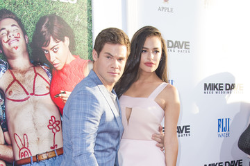 Chloe Bridges Premiere Of 20th Century Fox's 'Mike And Dave Need Wedding Dates' - Red Carpet