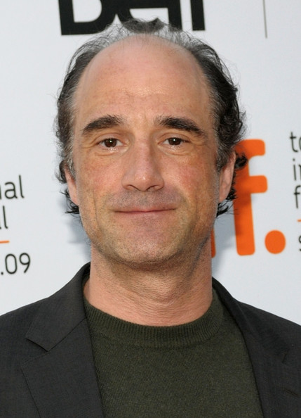 Elias Koteas Net Worth