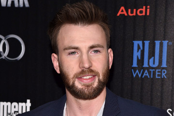 Chris Evans The Cinema Society With Audi and FIJI Water Host a Screening of Marvel's 'Captain America: Civil War'
