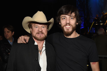Chris Janson 1 Night. 1 Place. 1 Time: A Heroes & Friends Tribute to Randy Travis