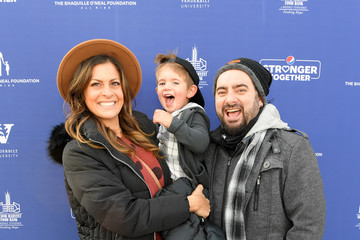 Chris Kirkpatrick Karly Skladany Pepsi Stronger Together And The Shaquille O'Neal Foundation Bring Holiday Market To Jones Paideia Elementary School