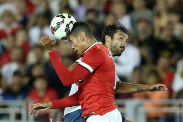 Chris Smalling Manchester United v Los Angeles Galaxy