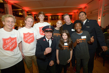 Chris Tallman Nickelodeon HALO Presents the Salvation Army's Feast of Sharing Holiday Dinner