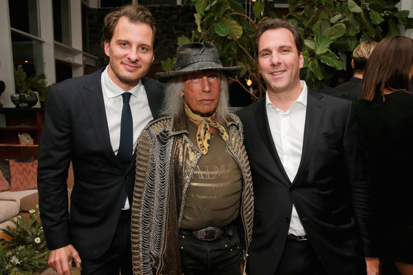 MR PORTER Celebrates 'The Hollywood Reporter's Annual Watch Issue [porter celebrates the hollywood reporter,the hollywood reporter,event,fashion,suit,fun,formal wear,smile,fashion design,mr,matthew belloni,chris wallace,james goldstein,annual watch issue,l-r,california,los angeles]