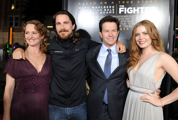 Christian Bale and Melissa Leo Photos Photos - Premiere Of ... джастин бибер и его жена