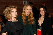 Isabelle Fuhrman Willow Shields Photos Photo