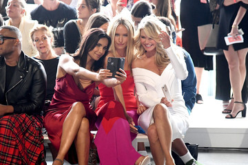 Christie Brinkley Sailor Brinkley Cook Cushnie Et Ochs - Front Row - September 2018 - New York Fashion Week: The Shows