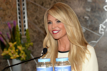 Christie Brinkley Christie Brinkley Visits The Empire State Building to Celebrate 'Give a Smile, Get a Smile' Launch