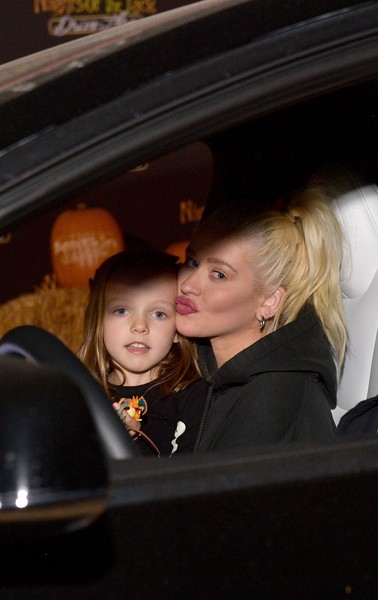 Entertainment  Pictures of the Month - September 2020 [entertainment pictures of the month,face,skin,child,fun,eye,luxury vehicle,toddler,smile,vacation,vehicle,summer rain rutler,child,christina aguilera,l-r,face,skin,fun,nights,jack friends family night 2020]