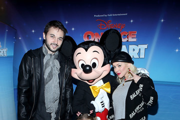 Christina Aguilera Matthew Rutler Disney on Ice Presents Follow Your Heart Celebrity Guests