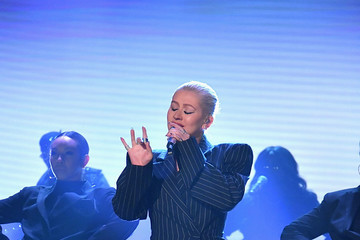 Christina Aguilera Christina Aguilera Visits 'The Tonight Show Starring Jimmy Fallon'
