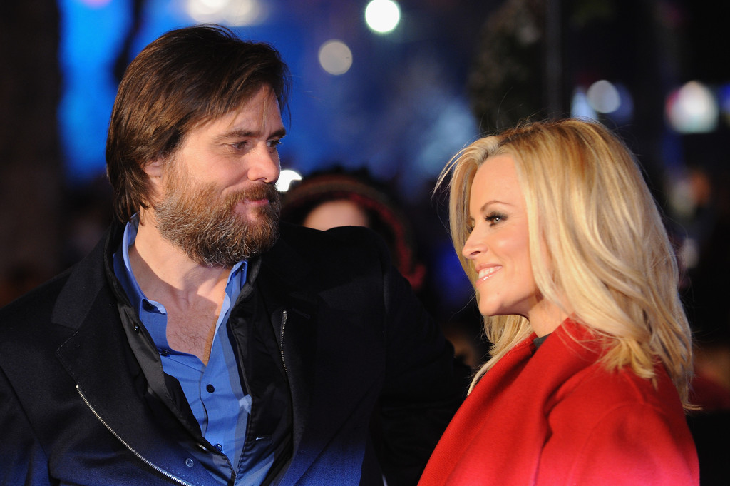 Jenny McCarthy and Jim Carrey Photos Photos - A Christmas Carol ...