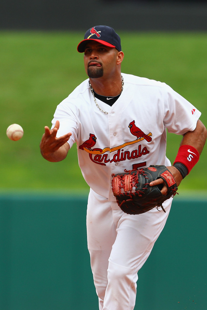 st louis cardinals vs albert pujols Cardinals manager tony la russa has called albert pujols the perfect player,'' which covers it all, says it all such an acclamation has been reserved for maybe a handful of players in.