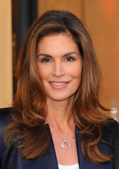 Cindy crawford model cindy crawford attends a photocall to launch the
