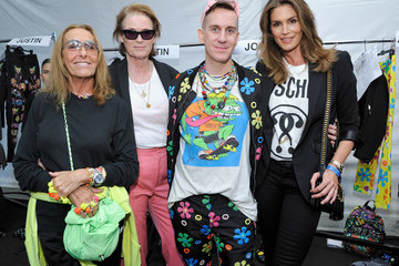 Cindy Crawford Moschino Spring/Summer 17 Menswear And Women's Resort Collection - Backstage