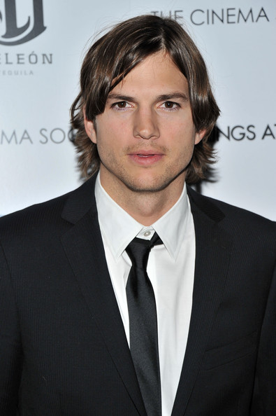 ashton kutcher jeans. Actor Ashton Kutcher attends