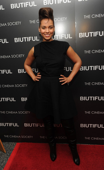 "Singer Alicia Keys attends a screening of ""Biutiful"" hosted by the Cinema Society with Miuccia Prada, Sandra Brant & Ingrid Sischy at the Lighthouse Theater on December 1, 2010 in New York City."