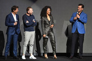 Angela Bassett and Tom Cruise Photos Photo