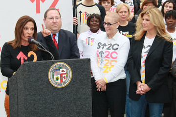 """Ana Maria Polo Paul Koretz The City Of LA Declares Friday, September 10th As """"Stand Up To Cancer Day"""""""