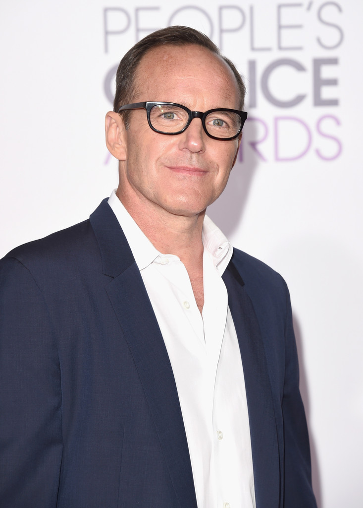 http://www2.pictures.zimbio.com/gi/Clark+Gregg+People+Choice+Awards+2016+Arrivals+JqTfNGM_4DZx.jpg