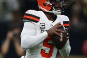 Tyrod Taylor #5 of the Cleveland Browns prepares to throw the ball during the second quarter against the New Orleans Saints at Mercedes-Benz Superdome on September 16, 2018 in New Orleans, Louisiana.