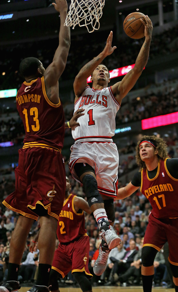 Derrick rose in cleveland cavaliers v chicago bulls zimbio - Derrick rose cavs wallpaper ...