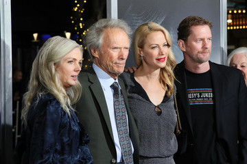 Clint Eastwood Warner Bros. Pictures World Premiere Of 'The Mule' - Arrivals