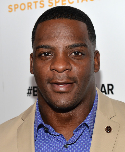 29th Anniversary Sports Spectacular Gala [hair,face,forehead,head,hairstyle,chin,eyebrow,caesar cut,buzz cut,white-collar worker,clinton portis,red carpet,century city,california,hyatt regency century plaza,anniversary sports spectacular gala]