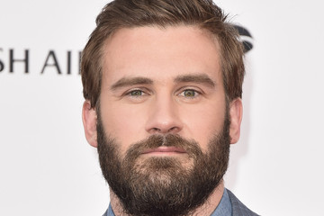 clive standen gif