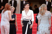 (L-R) Actresses Kristen Stewart, Juliette Binoche and Chloe Grace Moretz attend the 'Clouds Of Sils Maria' premiere during the 67th Annual Cannes Film Festival on May 23, 2014 in Cannes, France.