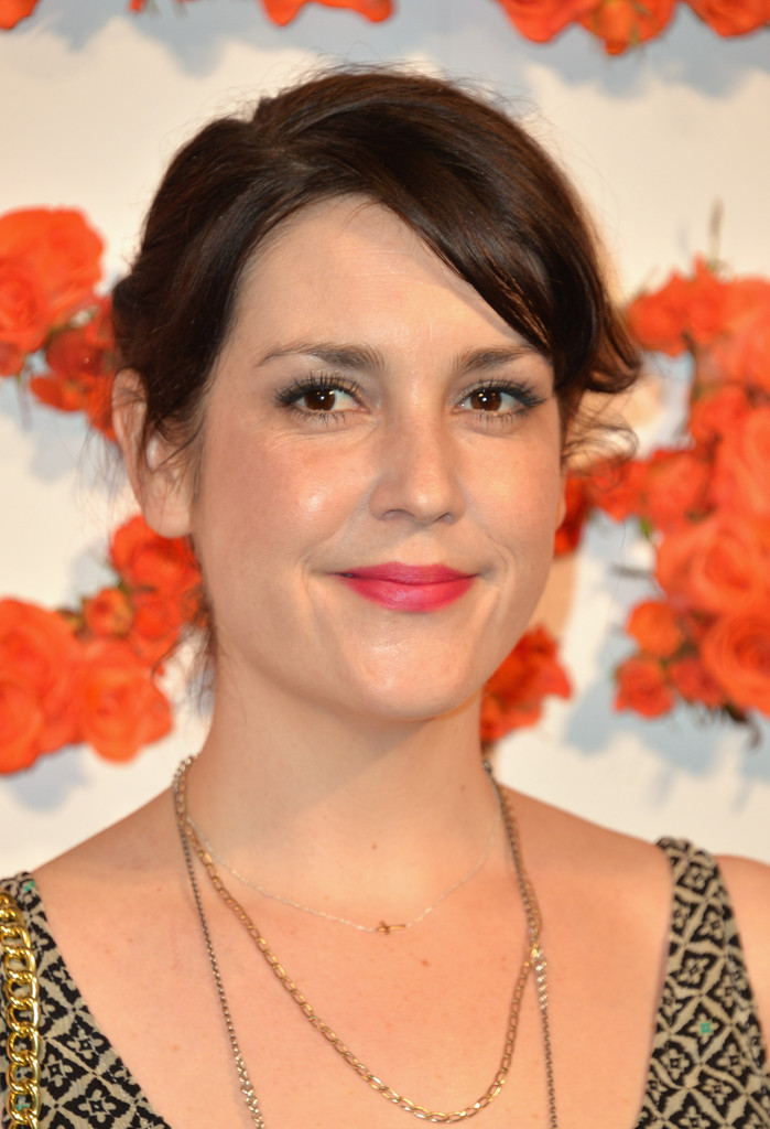 Melanie lynskey in tv series 039togetherness039 - 3 8
