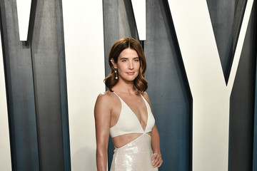 Cobie Smulders 2020 Vanity Fair Oscar Party - Look Book