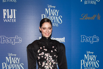 Coco Rocha Ioni James Conran The Cinema Society's Screening Of 'Mary Poppins Returns' Co-Hosted By Lindt Chocolate
