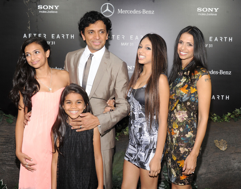 M Night Shyamalan Family M. Night Shyamalan Pho...