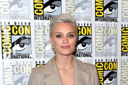 Wallis Day Photos Photo
