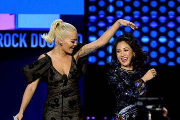 Constance Wu 2018 American Music Awards - Fixed Show