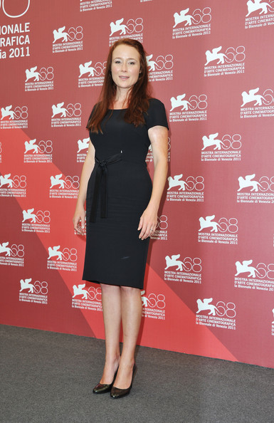 "Actress Jennifer Ehle poses at the ""Contagion"" photocall during the 68th Venice Film Festival at the Palazzo del Cinema on September 3, 2011 in Venice, Italy."