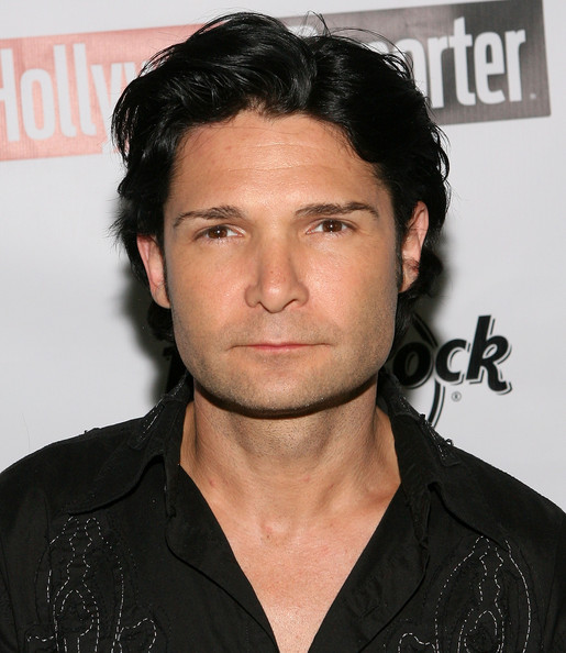 The 46-year old son of father Bob Feldman and mother  Sheila Feldman, 174 cm tall Corey Feldman in 2018 photo