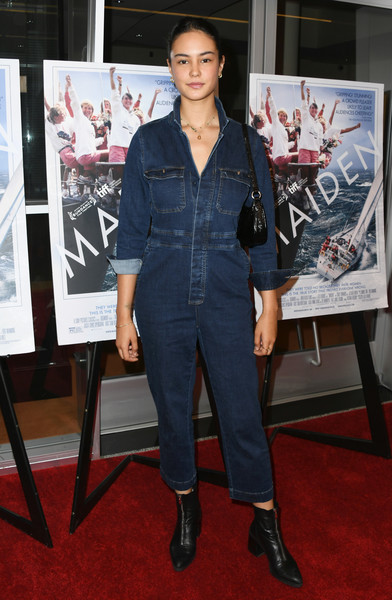 L.A. Premiere Of Sony Pictures Classic's 'Maiden' [sony pictures classic,clothing,denim,jeans,premiere,carpet,flooring,textile,event,electric blue,red carpet,maiden,courtney eaton,california,los angeles,linwood dunn theater,la premiere]