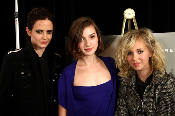 """(L-R) Actresses Eva Green, Maria Valverde and Juno Temple speak onstage at the """"Cracks"""" press conference held at the Sutton Place Hotel on September 12, 2009 in Toronto, Canada."""