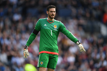 Craig Gordon Scotland v England - FIFA 2018 World Cup Qualifier