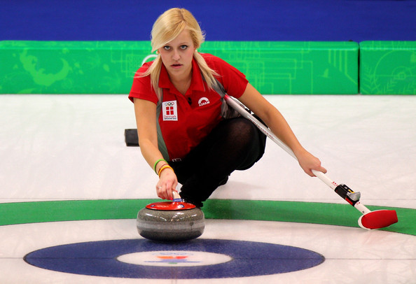 Madeleine+Dupont in Curling - Day 5