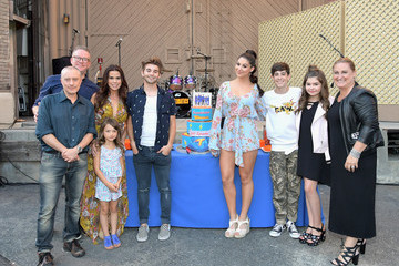 Cyma Zarghami Nickelodeon's 'The Thundermans' Celebrate Their 100th Episode