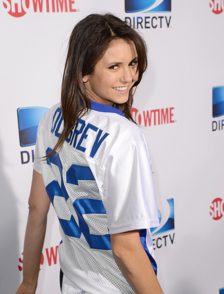 DirecTV's Celebrity Beach Bowl brings tons of sand to ...