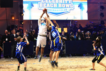 Terell Owens DIRECTV's Sixth Annual Celebrity Beach Bowl - Game
